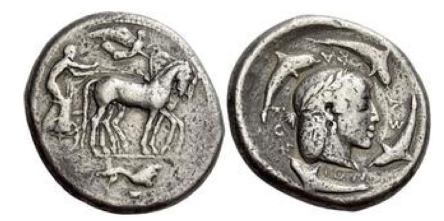 Syracuse. Decadrachm of the Demareteion series circa 465, AR 43.02 g. Slow quadriga driven r. by charioteer, wearing chiton, holding reins in both hands and kentron in l.; above, Nike flying r. to crown the horses. In exergue, lion running r. Rev. ΣV – RAK – OΣI – ON Head of Arethusa r., wearing olive wreath, earring and necklace, framed within a circle and surrounded by four dolphins swimming clockwise. Boehringer 374. Rizzo, pl. XXXVI, 3 (these dies). BMC 63 (these dies). De Luynes 1143 (these dies). Schwabacher V1/R1. Jameson 752 (this obverse die). Gulbenkian 254 (this obverse die).. Extremely rare, one of only seven specimens in private hands. Numismatica Ars Classica Auction 116. 1 October 2019. Lot : 50.