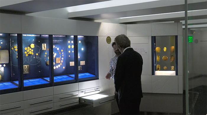Jeff Garrett and CoinWeek editor Charles Morgan visit the Value of Money Exhibit