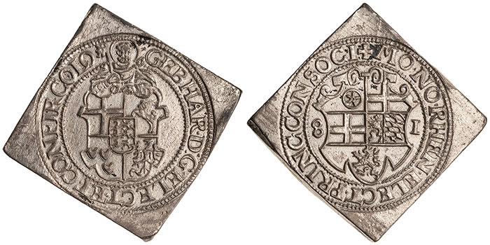 A 1/2-klippe coin of 1577–1583 struck on a square flan but without a collar die (ANS 1905.57.377).