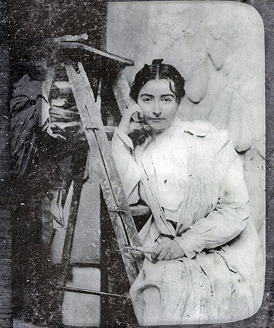 Helen Farnsworth Mears at work in her studio. Image is courtesy of the Oshkosh Public Library.